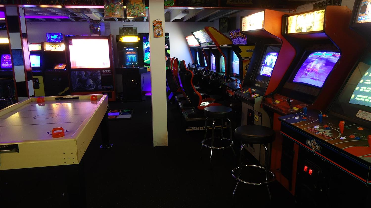 Brian 39 S Basement Arcade Bliss A Gameroom Showcase
