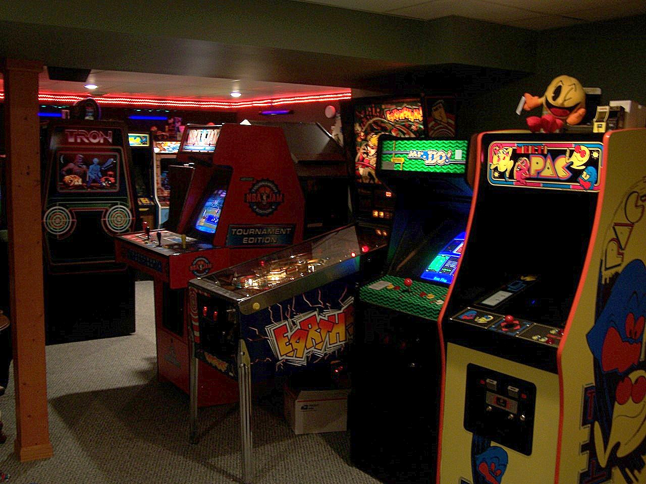Gameroom Showcase Archives Gameroom Junkies Arcade and Pinball